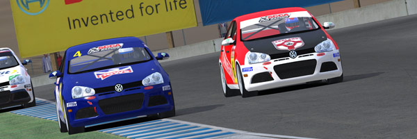 Battle for the lead at Laguna Seca